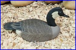Canada Goose Decoy by Crisfield Maryland Carver Oliver Lawson