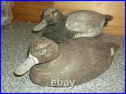 H428 Vintage duck decoy pair ken harris sodus point N. Y. All wood