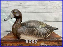 RARE Ken Harris Decorative Hen Bluebill Duck Decoy, Exceptional! NY Carver