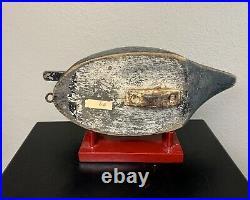 R Wilton Walker BlueBill Currituck Vintage North Carolina Decoy Lesser Scaup