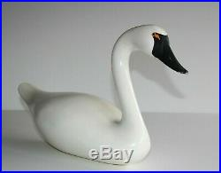 Rare R. MADISON MITCHELL 1983 WHITE SWAN DECOY. SIGNED. WELL KNOWN CARVER
