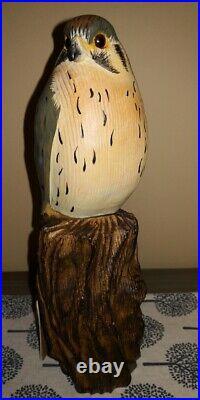 Vintage Big Sky Carvers Master's Edition Kestrel Hawk Eagle Wood carving Decoy